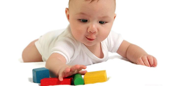 Estimulacion Sensorial del bebe hasta los 12 meses