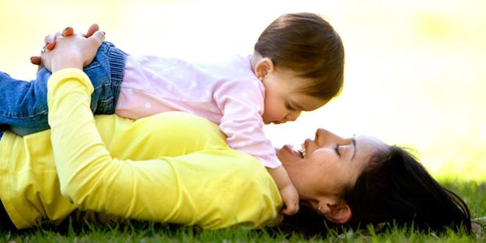 Logros importantes del desarrollo de niño a los 12 meses