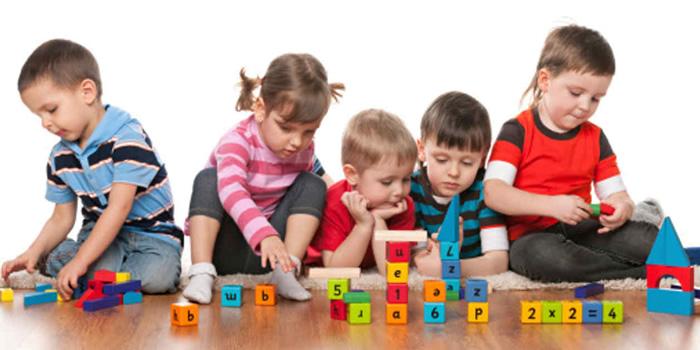 Logros del desarrollo del niño de 3 a 4 años