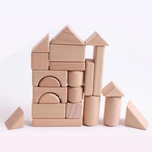 Bloques de madera x 38 piezas - S/. 55.00