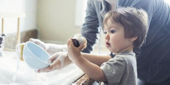 Las tareas domesticas para niños segun su edad
