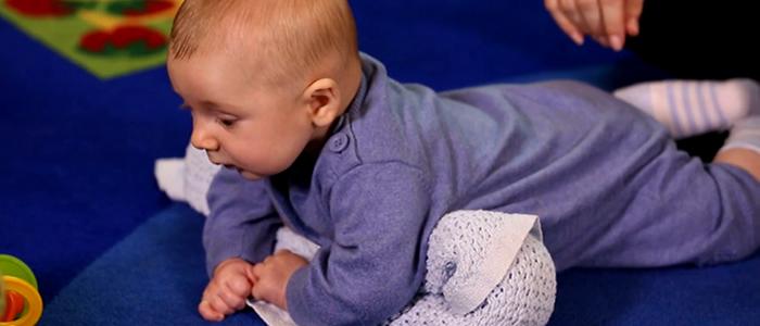 4 Ejercicios para ayudar al bebé a ser más fuerte