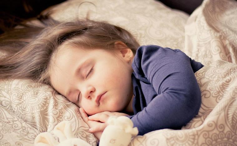 Establecer y mantener la rutina del sueño del bebé