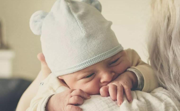 Síntomas de bajo tono muscular del bebe
