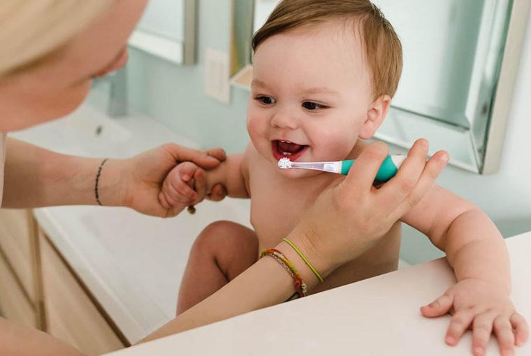 ¿La pasta dental con fluoruro es buena para los niños? ¡Descubrelo!
